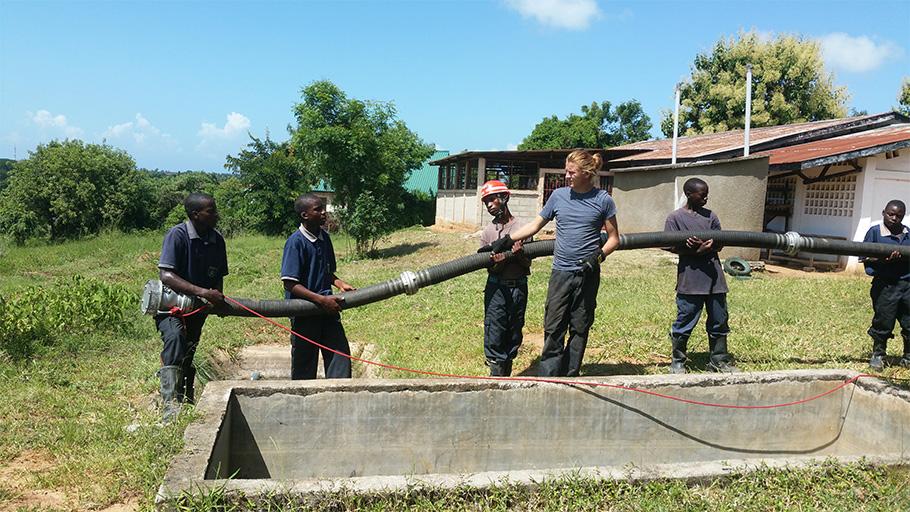 Apprentissage des gestes de secours et du métier de sapeur-pompier