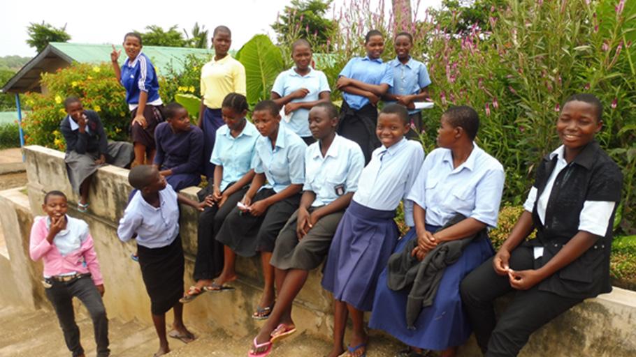 Les filles du centre qui sont logées dans un bâtiment séparé pour leur protection